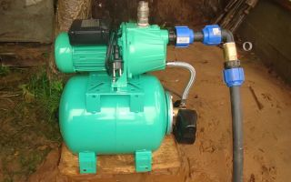 Монтаж погружных насосных станций для скважин и колодцев — критерии выбора