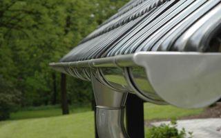 Отливы для крыши — особенности, преимущества и недостатки
